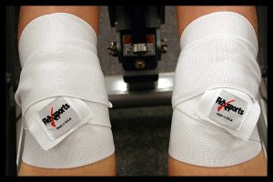 ELASTIC KNEE WRAPS